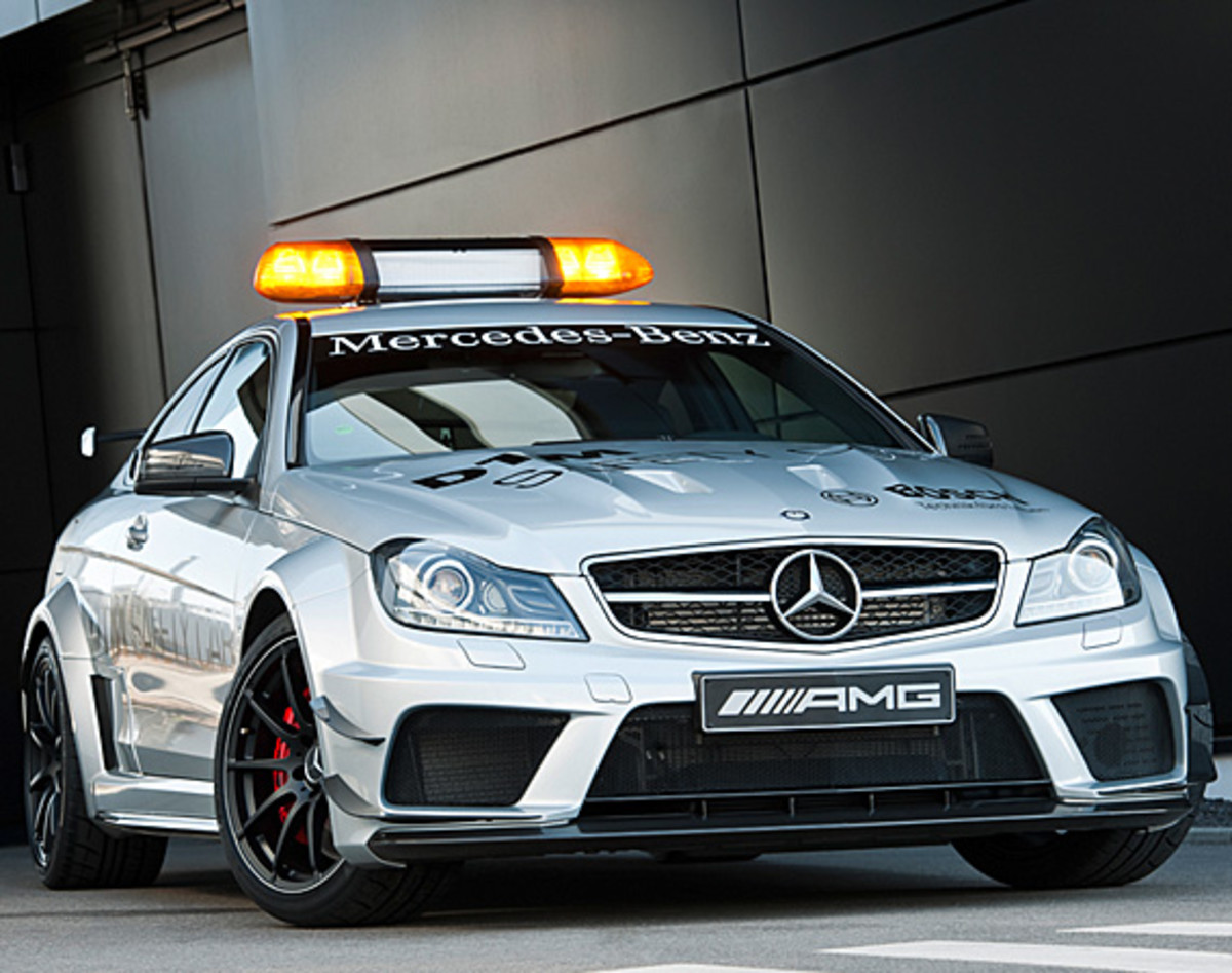 mercedes-benz-C63-amg-coupe-black-series-2012-dtm-safety-car-01