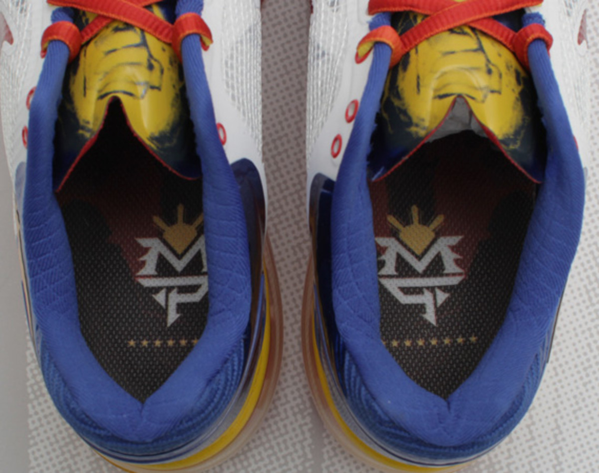 manny-pacquiao-nike-air-trainer-13-max-06