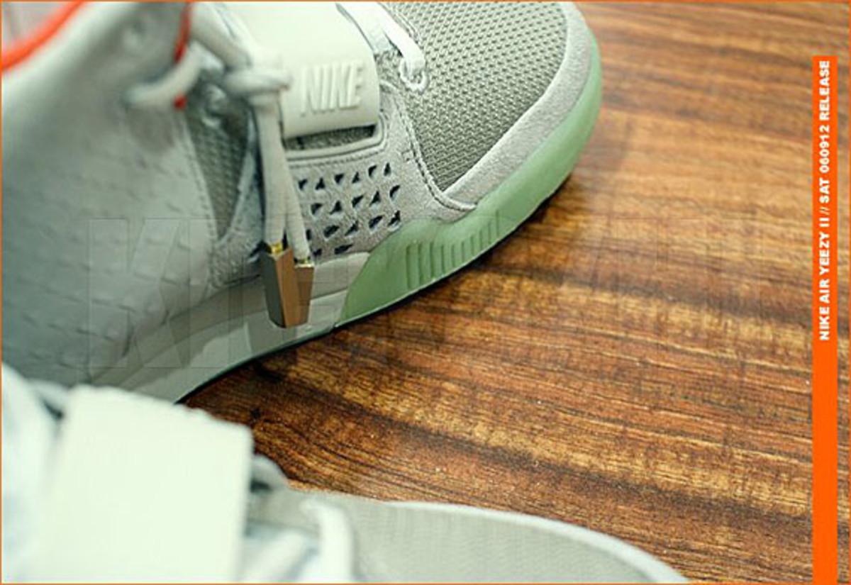 kicks-hawaii-nike-air-yeezy-2-release-05