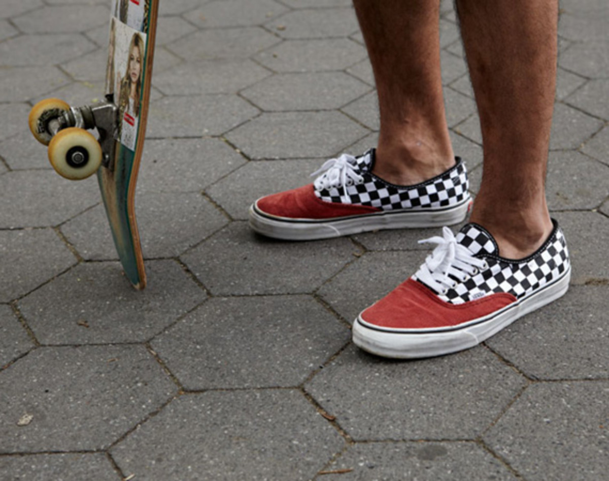 cbf2b1177df7cd Supreme x VANS Authentic - Corduroy Checker - Freshness Mag