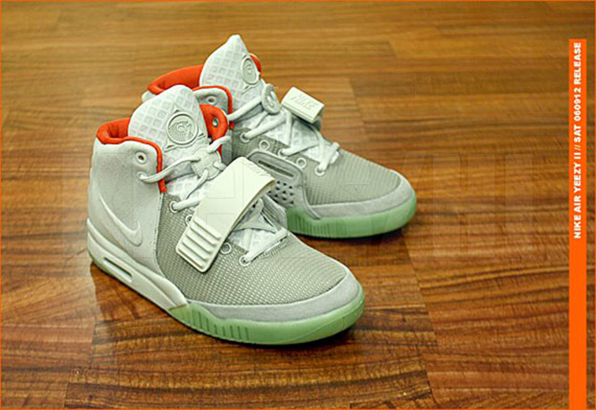kicks-hawaii-nike-air-yeezy-2-release-01