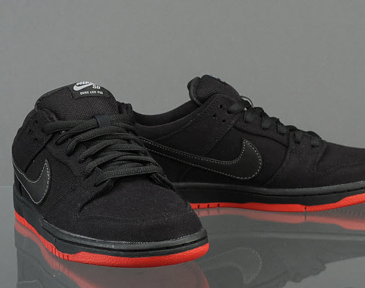 Sharing in the release spotlight of Levi s and Nike SB s Dunk Low Pro QS in  Dark Obsidian is a blacked-out version of the limited edition collab. f1164cb28