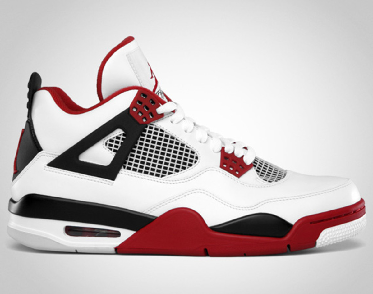 air-jordan-iv-retro-white-varsity-red-black-01