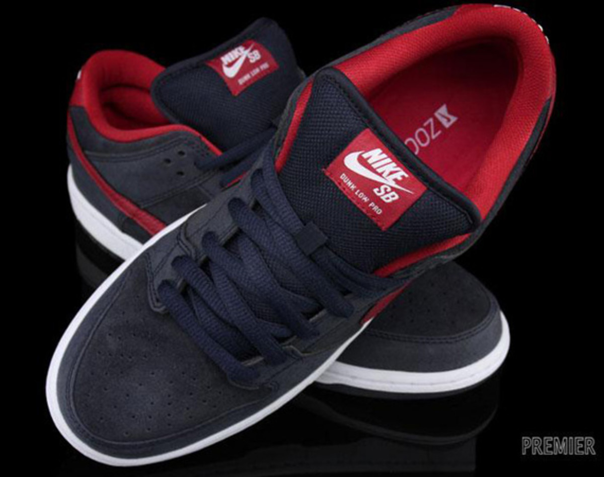 Nike-SB-Dunk-Low-Pro-Dark Obsidian-Gym-Red-White-06
