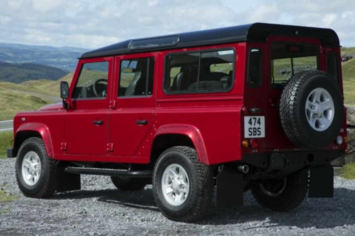 2013-land-rover-defender-13