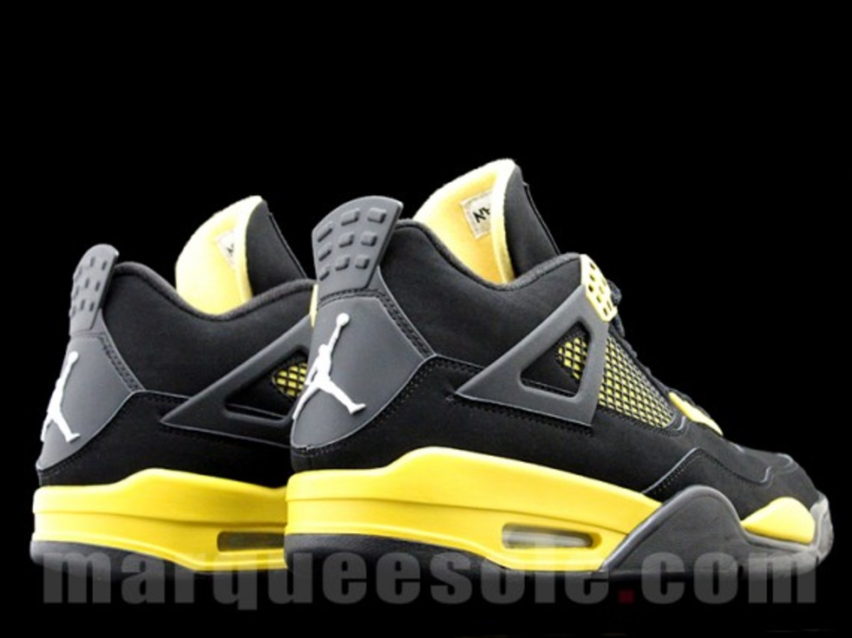 air-jordan-iv-thunder-2012-06
