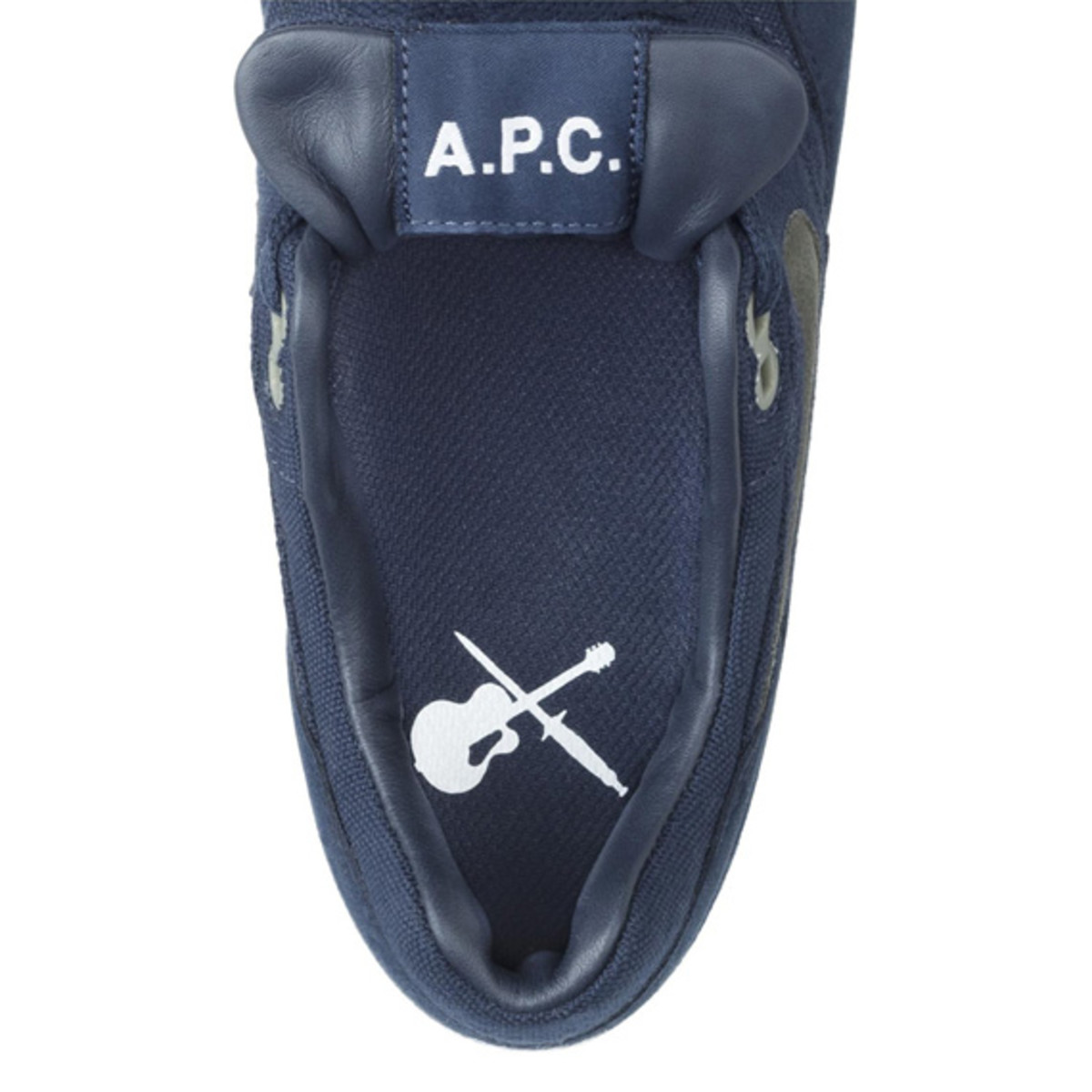apc-nike-air-max-1-available-now-04