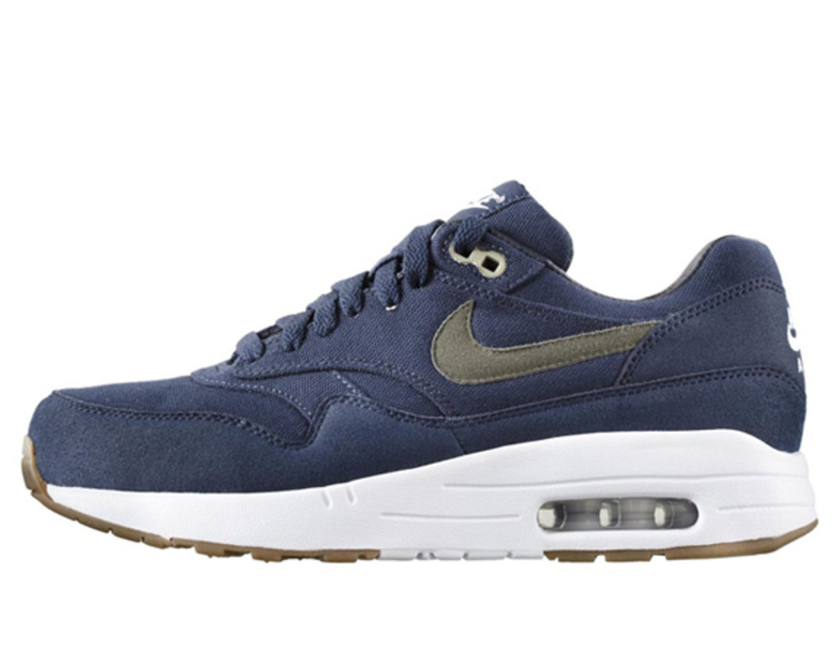 apc-nike-air-max-1-available-now-01