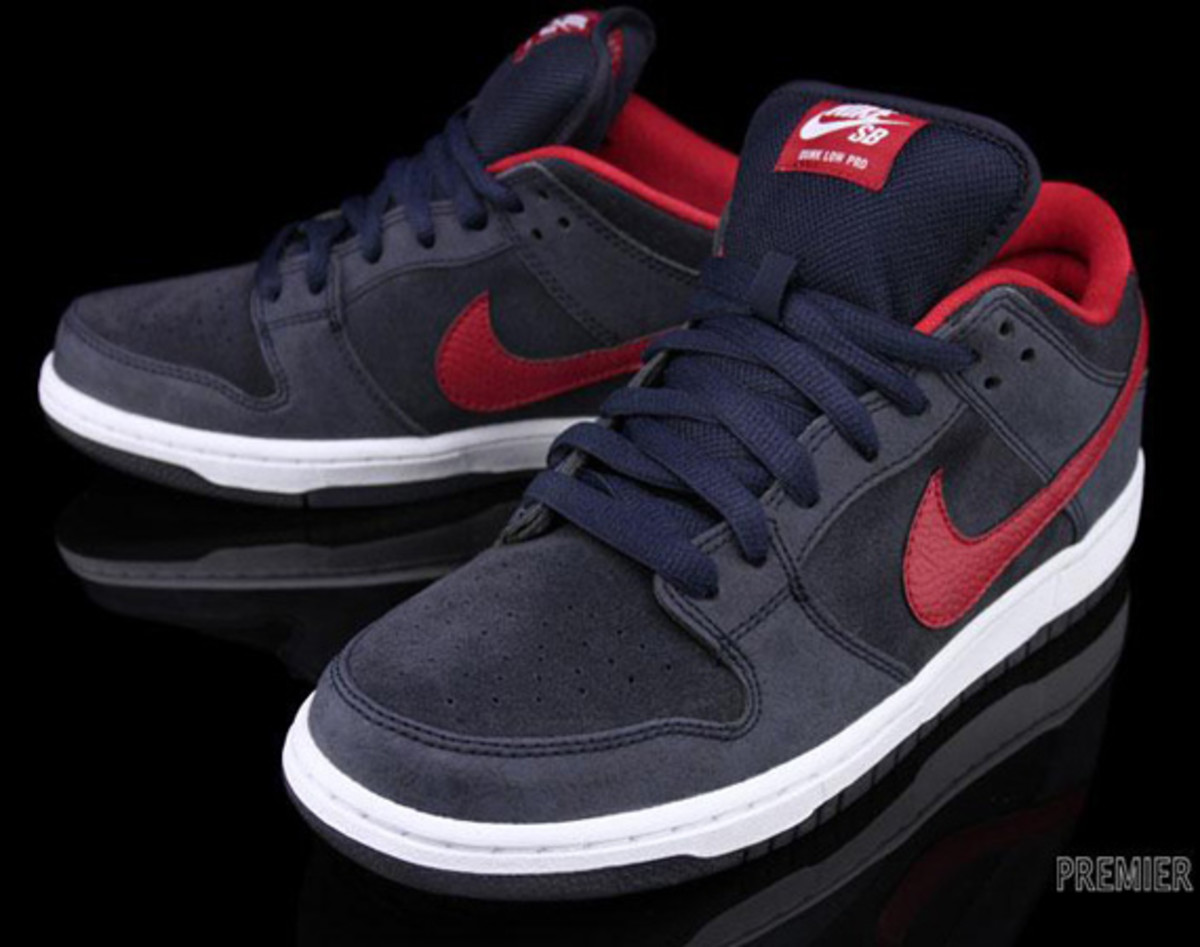 Nike-SB-Dunk-Low-Pro-Dark Obsidian-Gym-Red-White-01