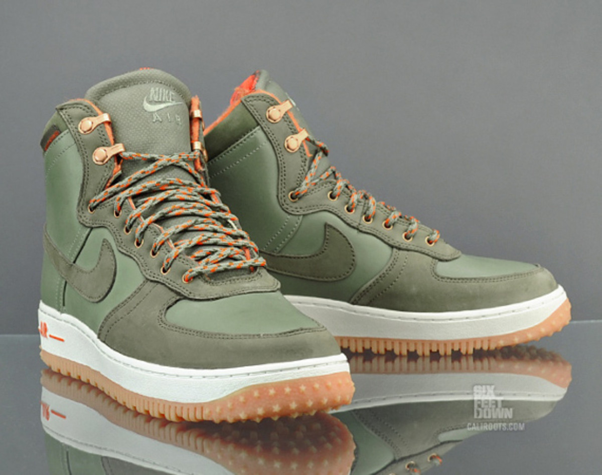 check out 336fa 083e4 Nike Air Force 1 Hi Deconstruct Military Boot Silver Sage Medium Olive