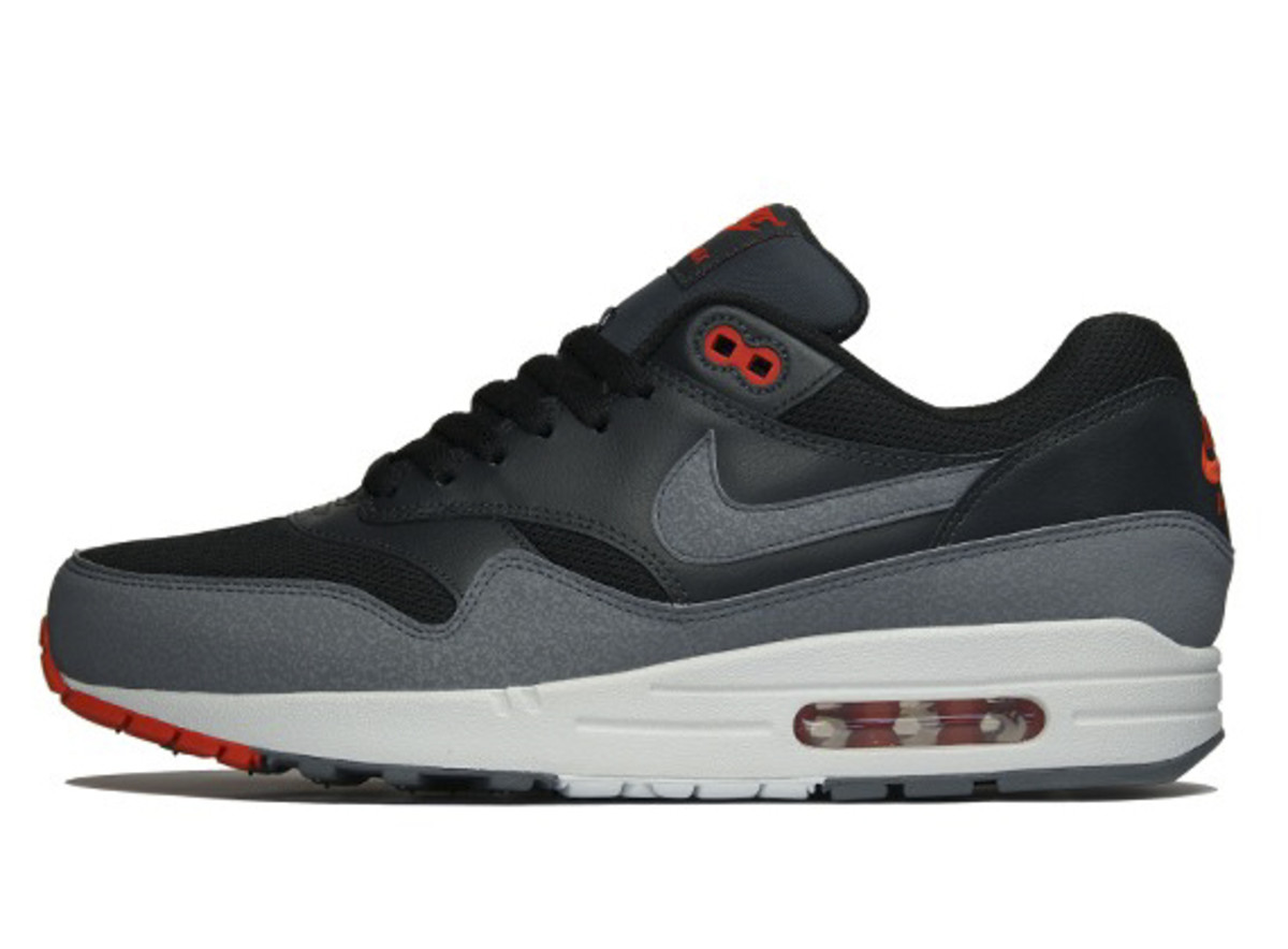 nike-air-max-1-spring-2013-preview-12