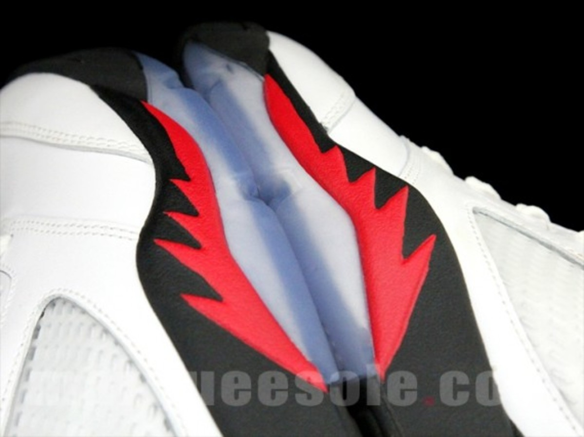 air-jordan-v-5-retro-fire-red-release-info-05