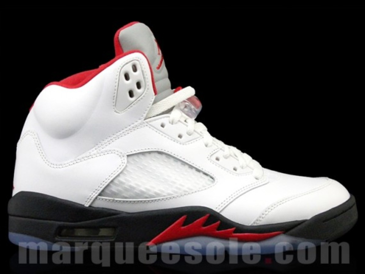 air-jordan-v-5-retro-fire-red-release-info-03