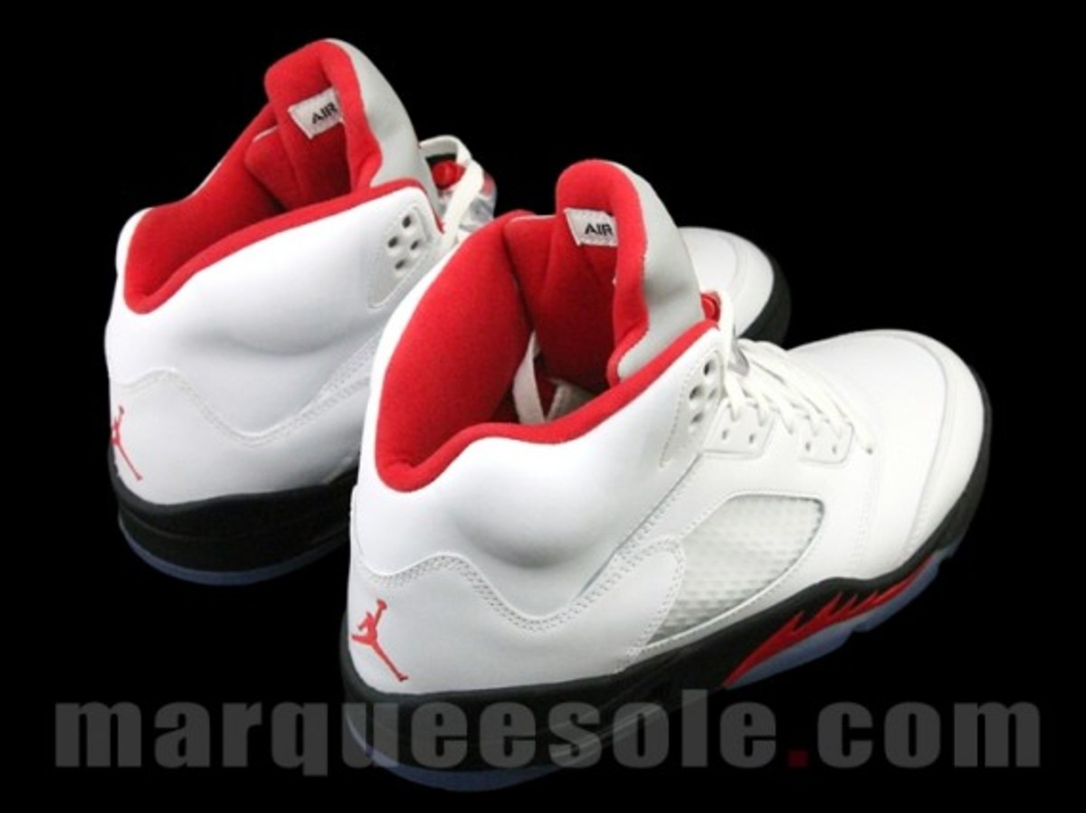 air-jordan-v-5-retro-fire-red-release-info-06