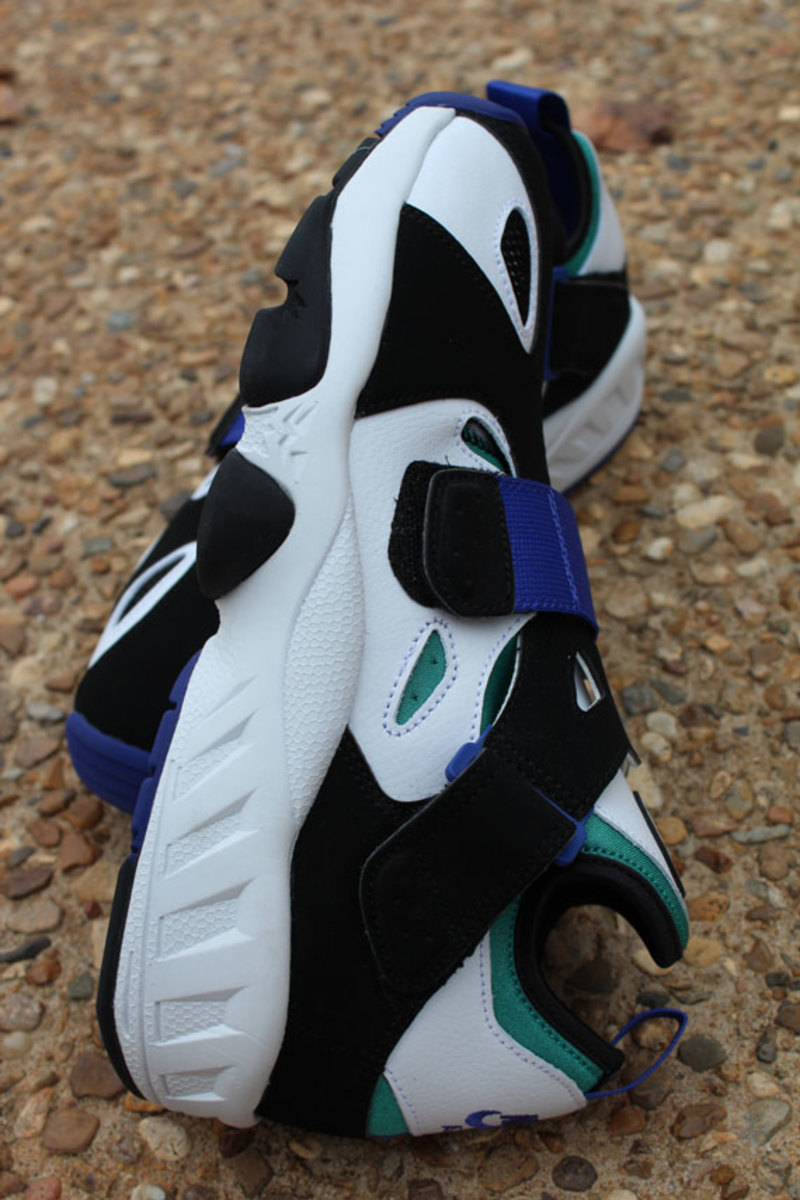 nike-air-trainer-huarache-94-white-lapis-05