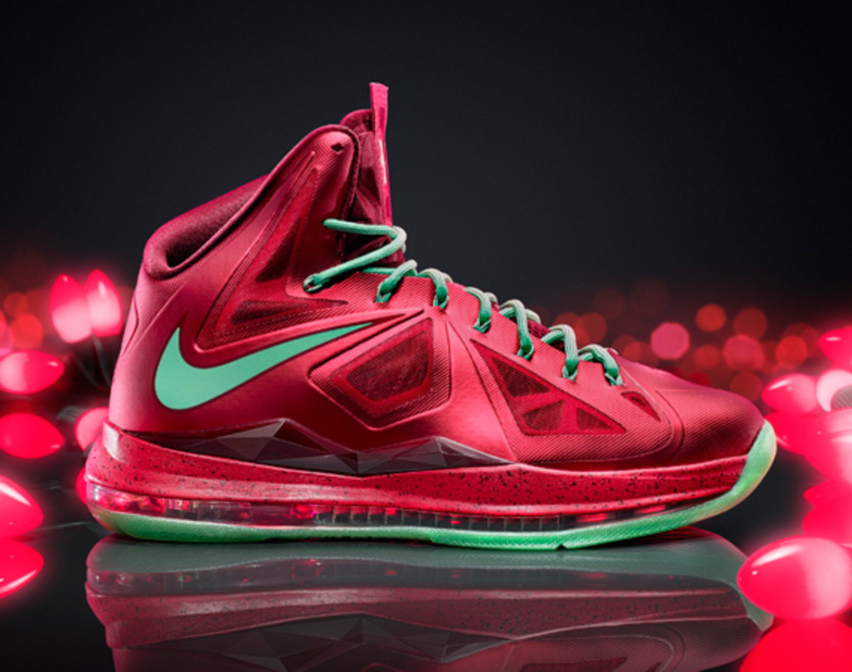 nike lebron x christmas 2012 edition release reminder