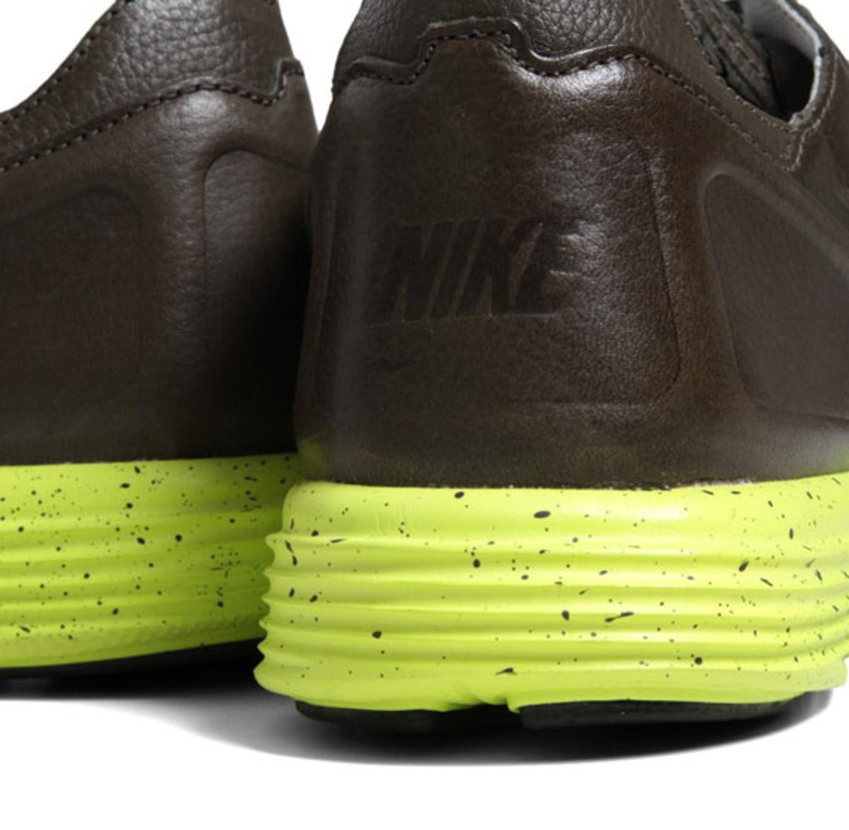 nike-lunar-flow-woven-leather-sable-green-06