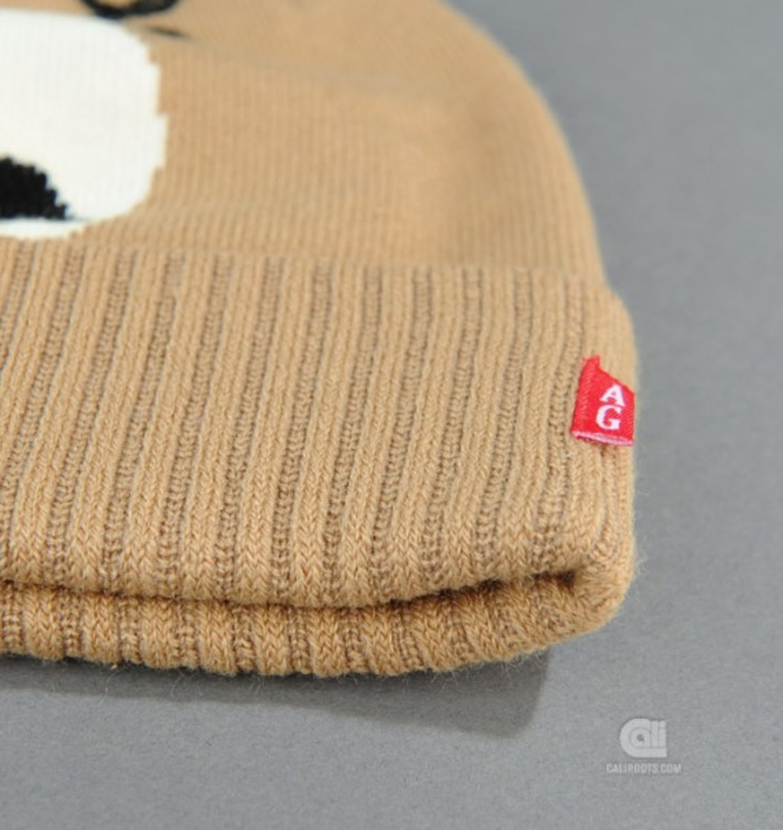 acapulco-gold-angry-lo-bear-beanie-03
