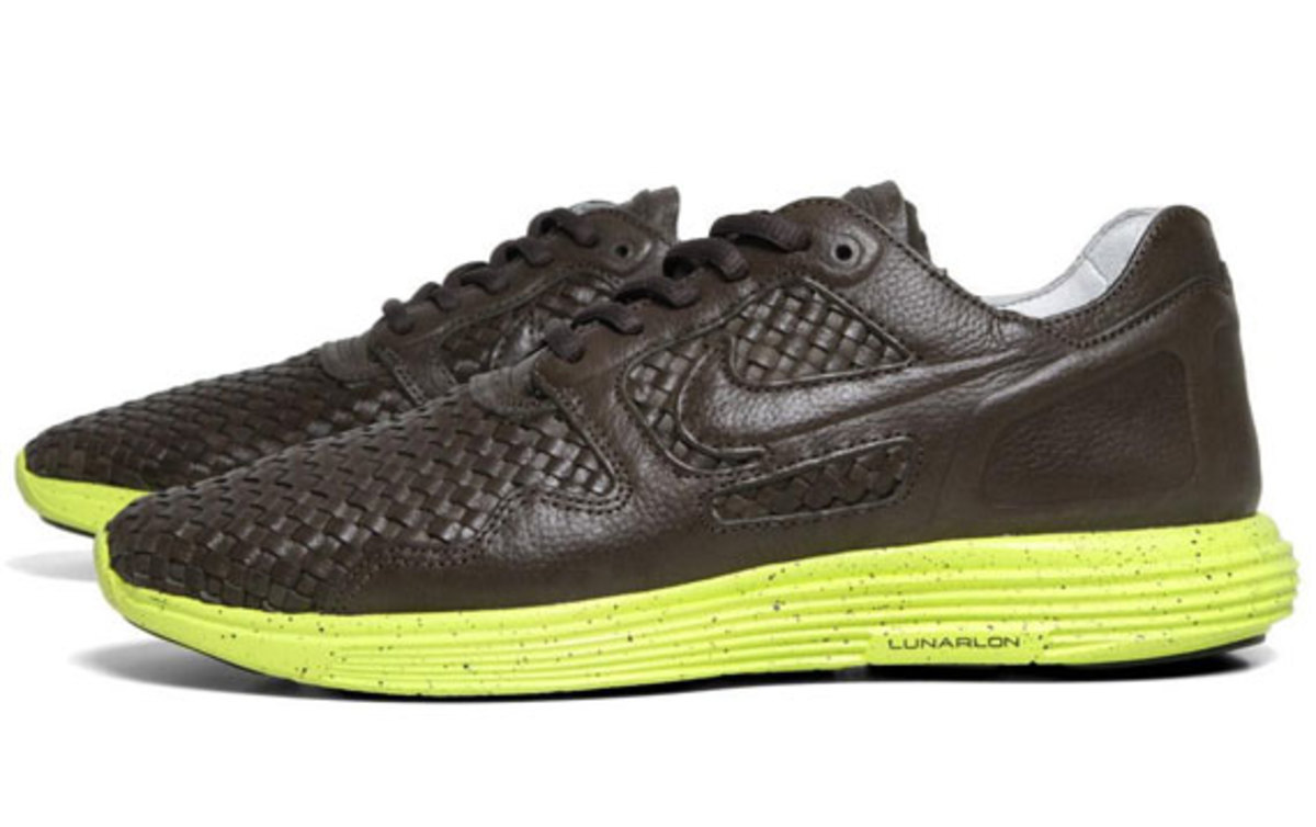 nike-lunar-flow-woven-leather-sable-green-02