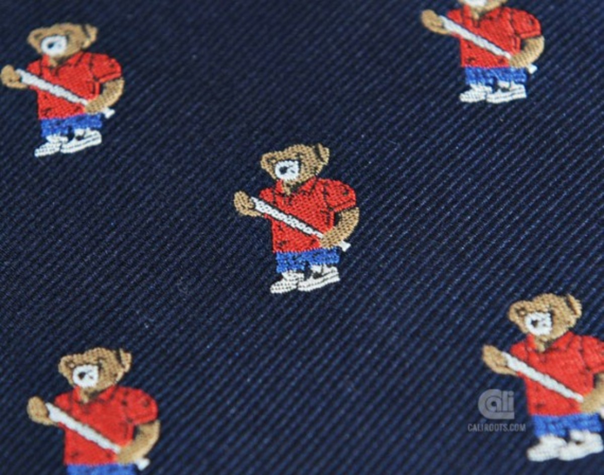 acapulco-gold-angry-lo-bear-tie-02