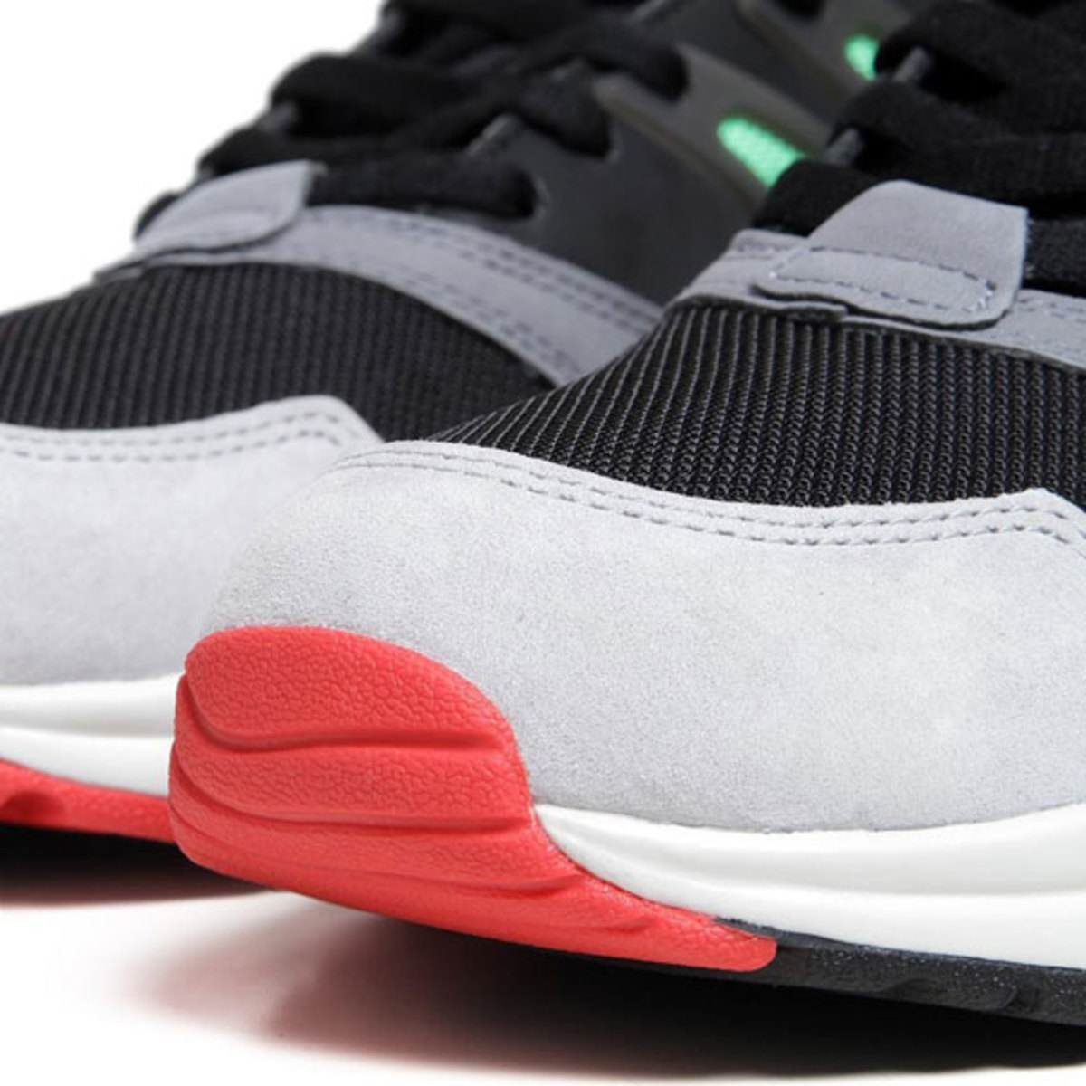 solebox-adidas-consortium-torsion-allegra-release-reminder-06