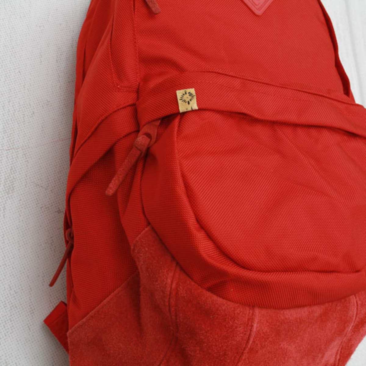 visvim-ballistic-22l-backpack-red-03