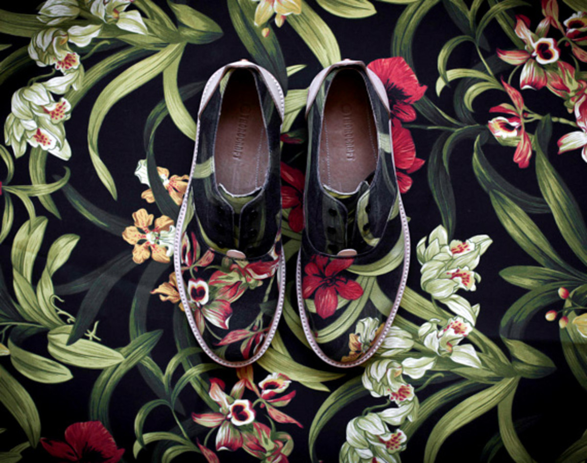 "THOROCRAFT Hampton Shoes - ""Floral"" 
