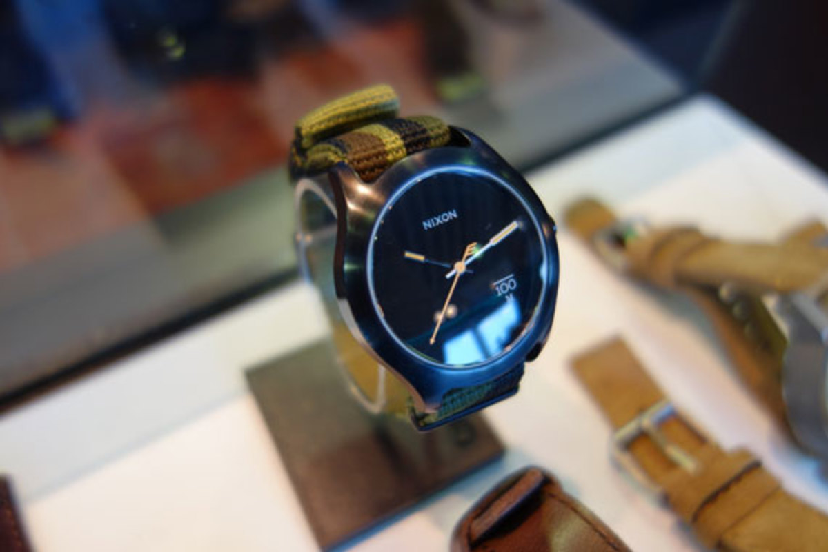 project-show-new-york-nixon-summer-2013-watch-collection-09