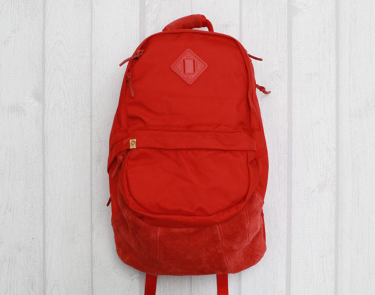 visvim-ballistic-22l-backpack-red-01