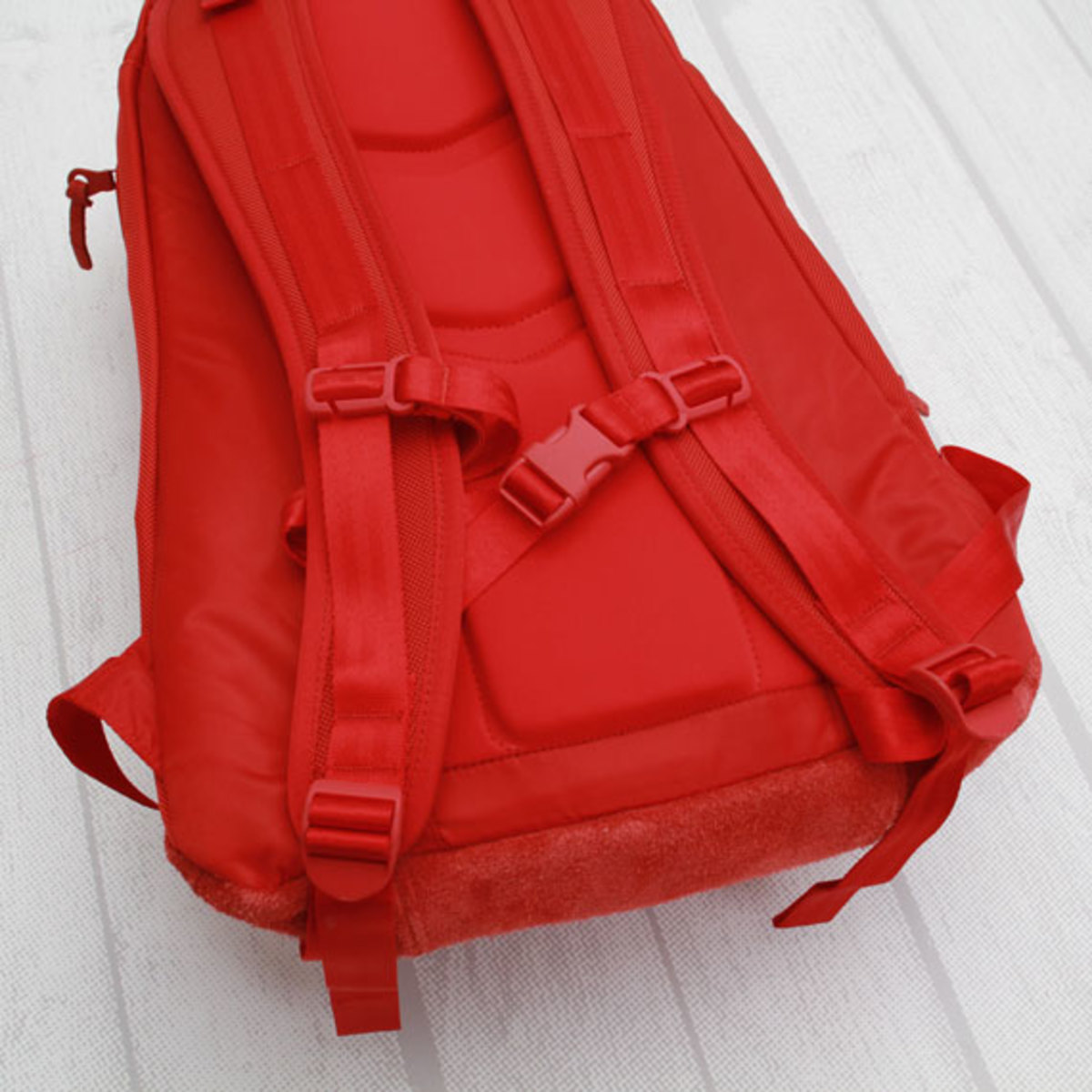 visvim-ballistic-22l-backpack-red-05