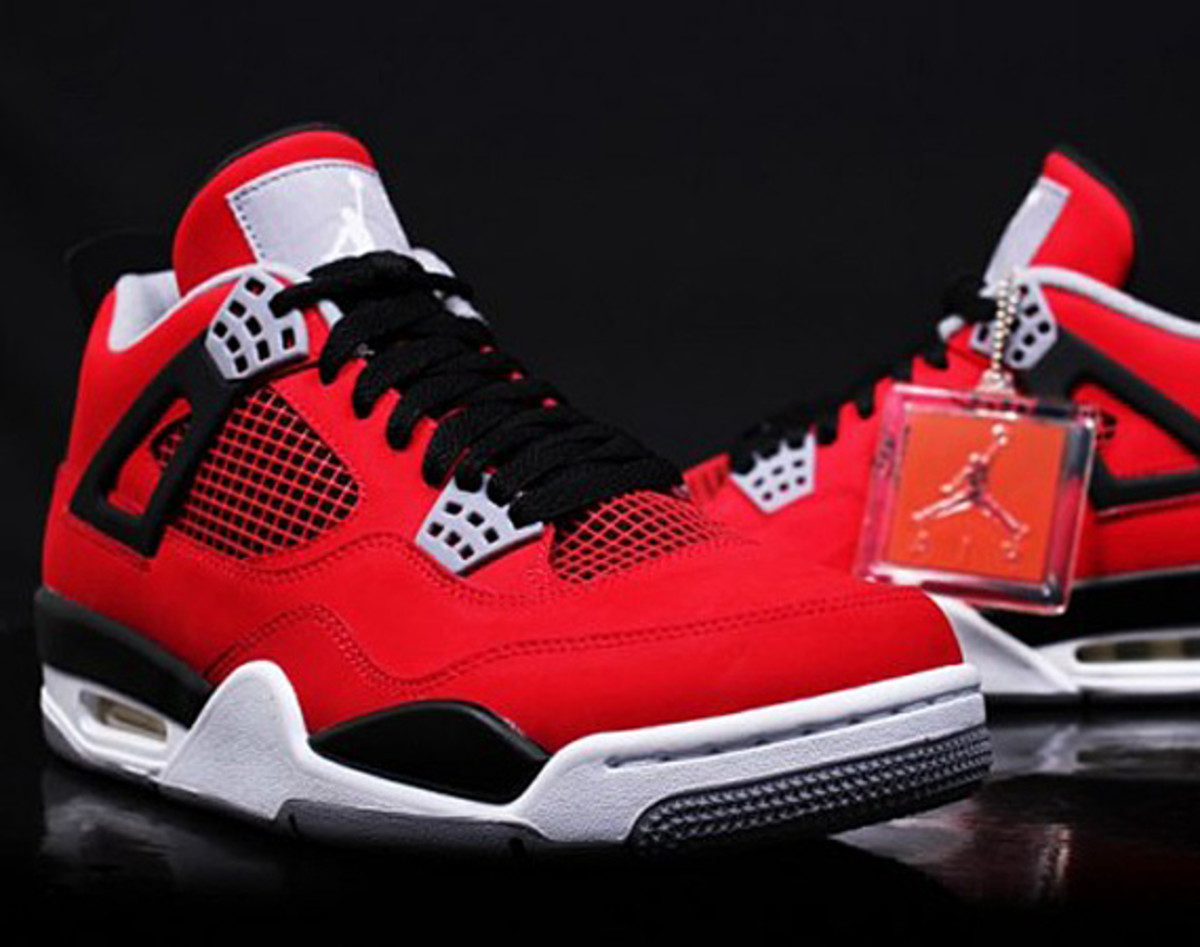 0759ce3b292 The onslaught of Air Jordan IV continues onto 2013 as first images of the