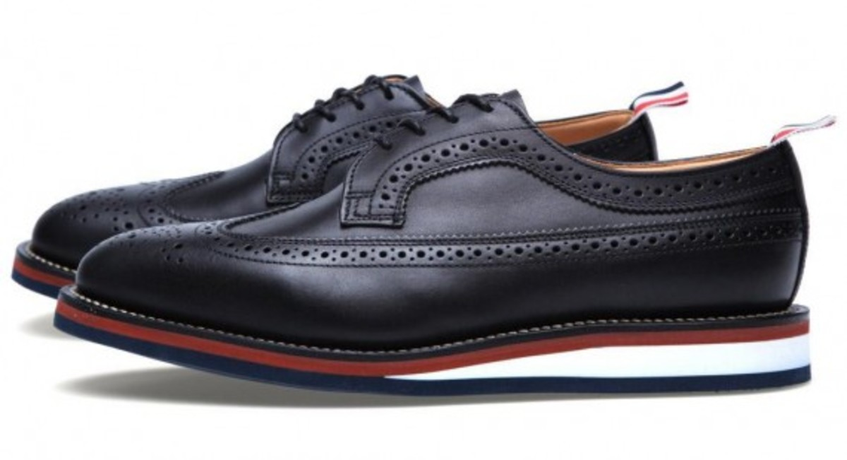 thom-browne-wedge-sole-long-wing-brogue-shoes-03