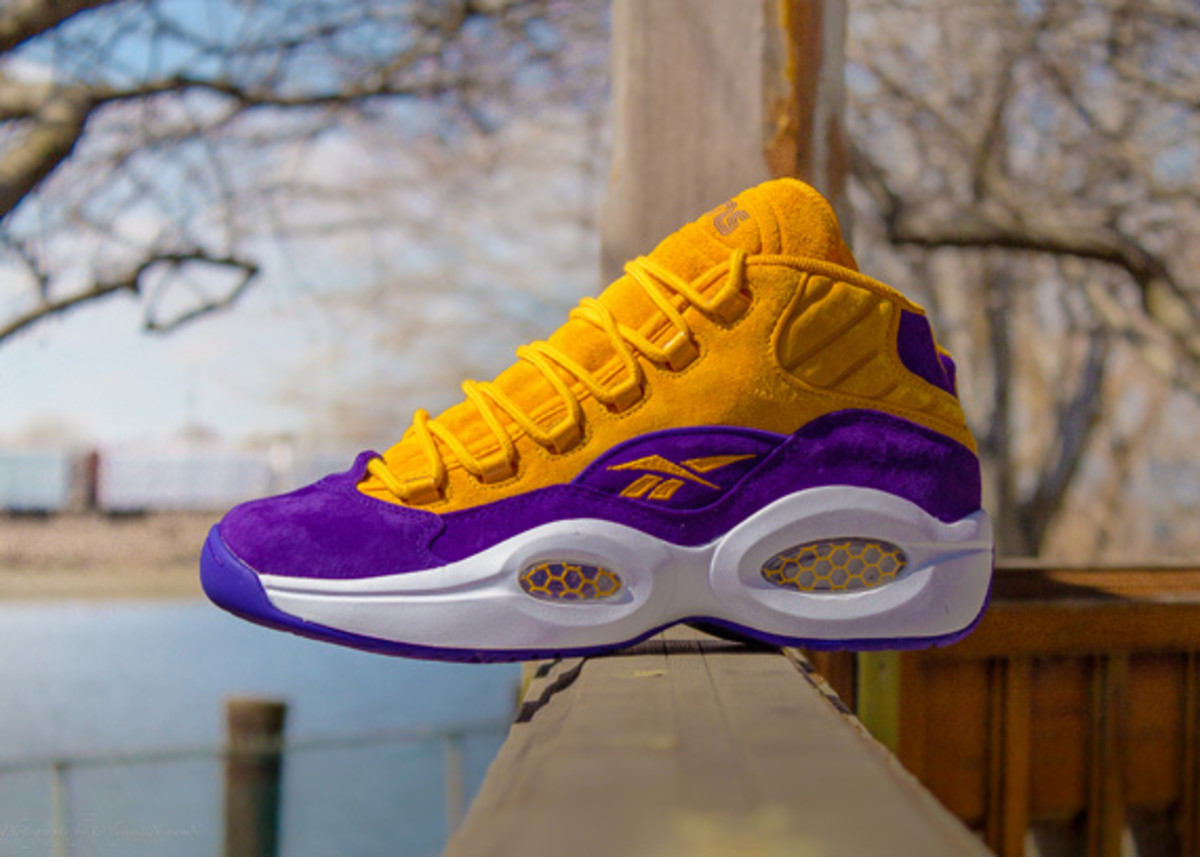 sneakersnstuff-reebok-question-mid-crocus-available-now-03