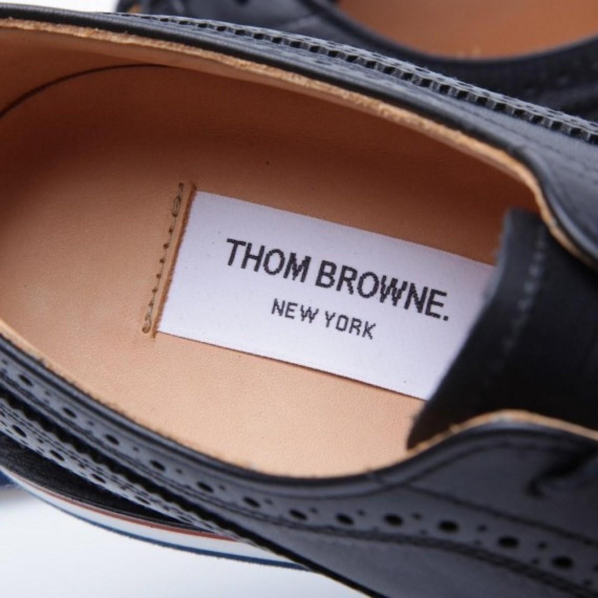 thom-browne-wedge-sole-long-wing-brogue-shoes-08