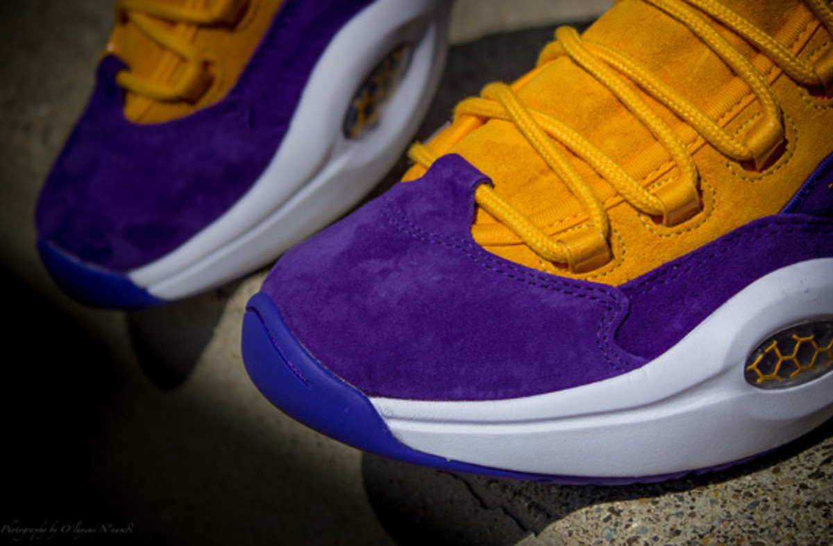 sneakersnstuff-reebok-question-mid-crocus-available-now-09