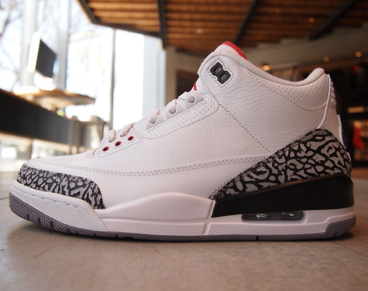 the latest 5aead 497c5 Air Jordan III  88 Retro Style  580775-160. Color  White Fire Red-Cement  Grey-Black