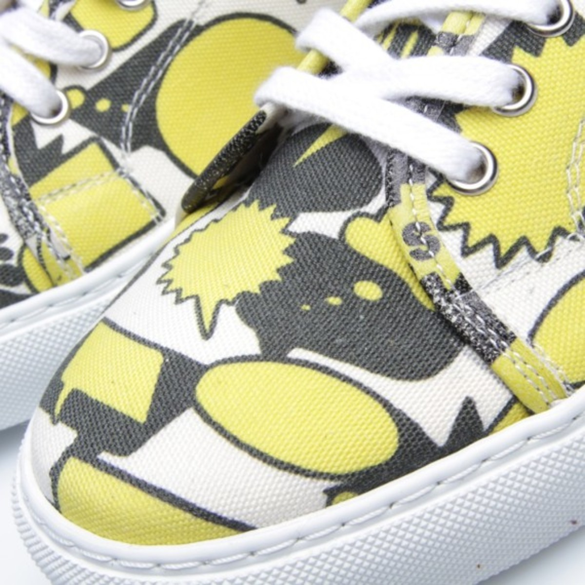 comme-des-garcons-shirt-the-generic-man-print-sneakers-06