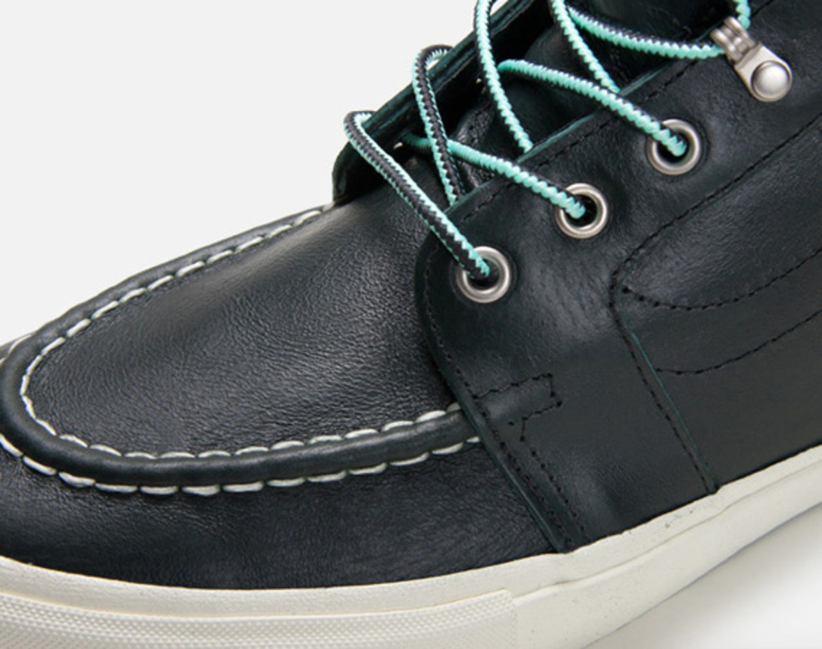 mike-hill-vans-syndicate-authentic-pro-and-sk8-hi-pro-boot-01