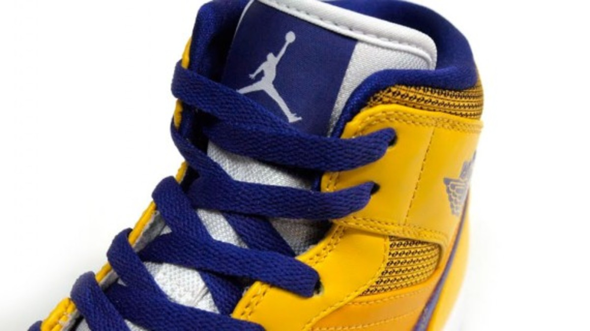 d26b8dd9a00dbb Thanks for watching! Visit Website. Tags  terms  Air JordanSneakers