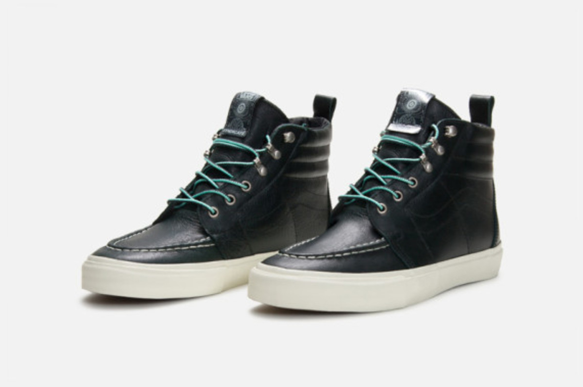mike-hill-vans-syndicate-authentic-pro-and-sk8-hi-pro-boot-04