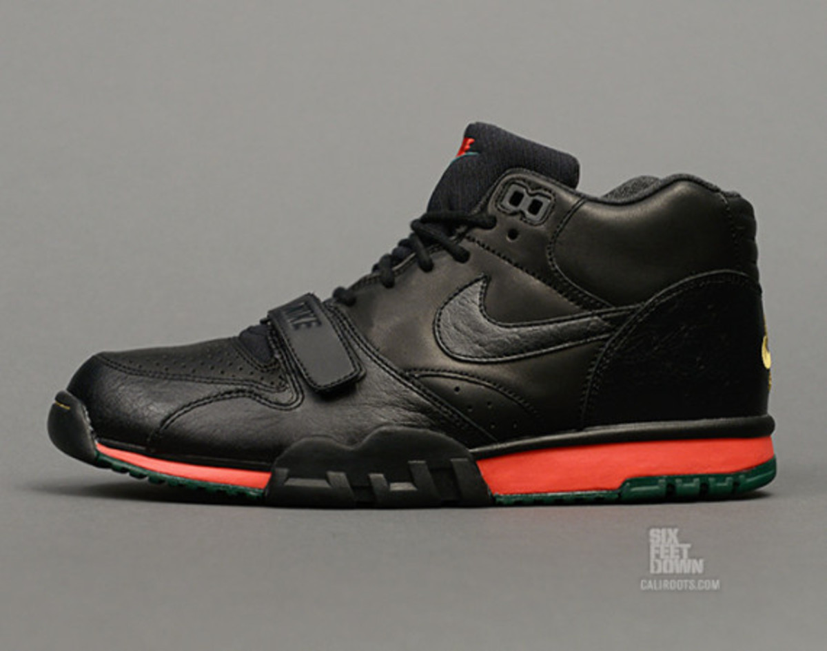 nike-air-trainer-1-mid-prm-draft-day-02
