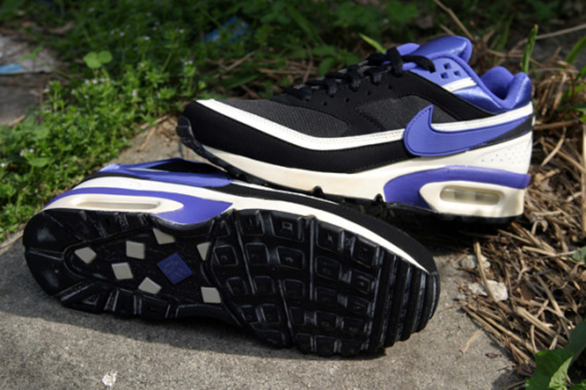 nike-air-classic-bw-og-persian-violet-arriving-at-retailers-08