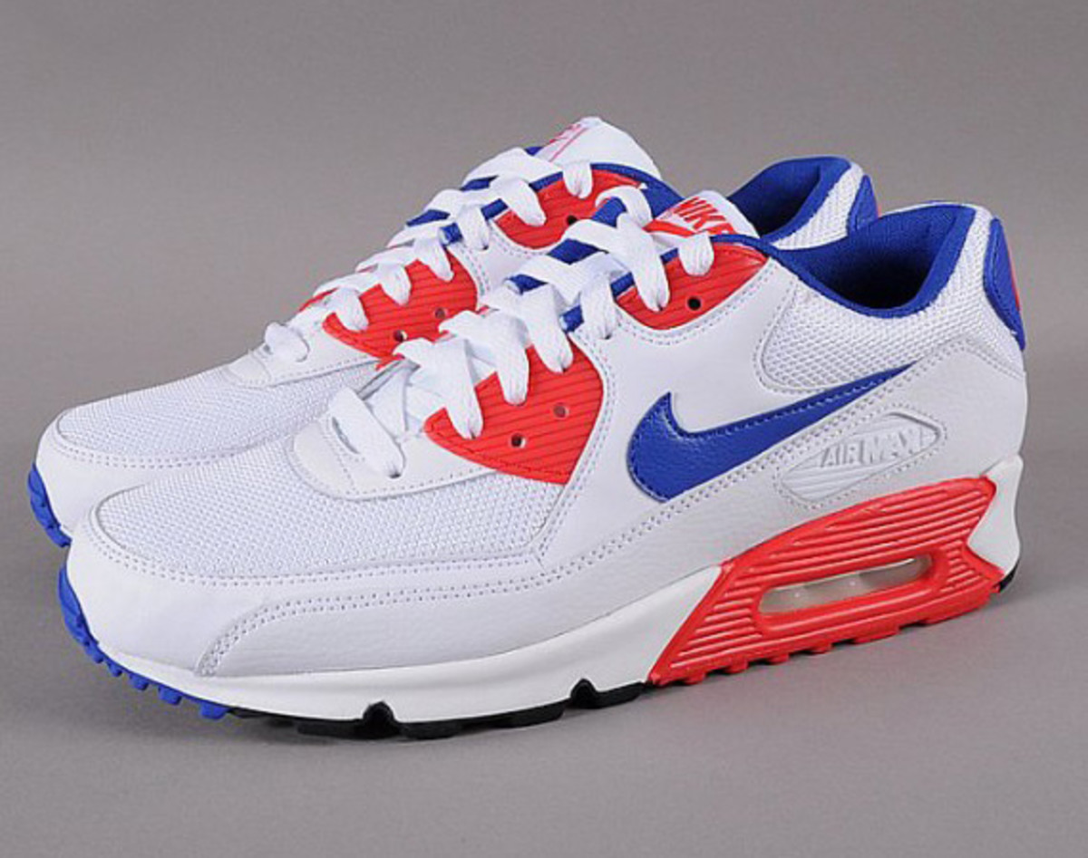 Nike Air Max 90 Essential - White Hype Blue Hyper Red - Freshness Mag ad189bc5d