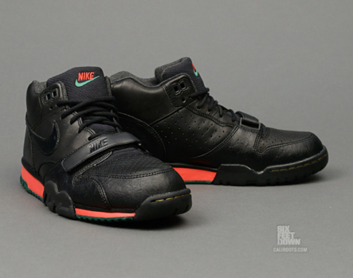 nike-air-trainer-1-mid-prm-draft-day-03