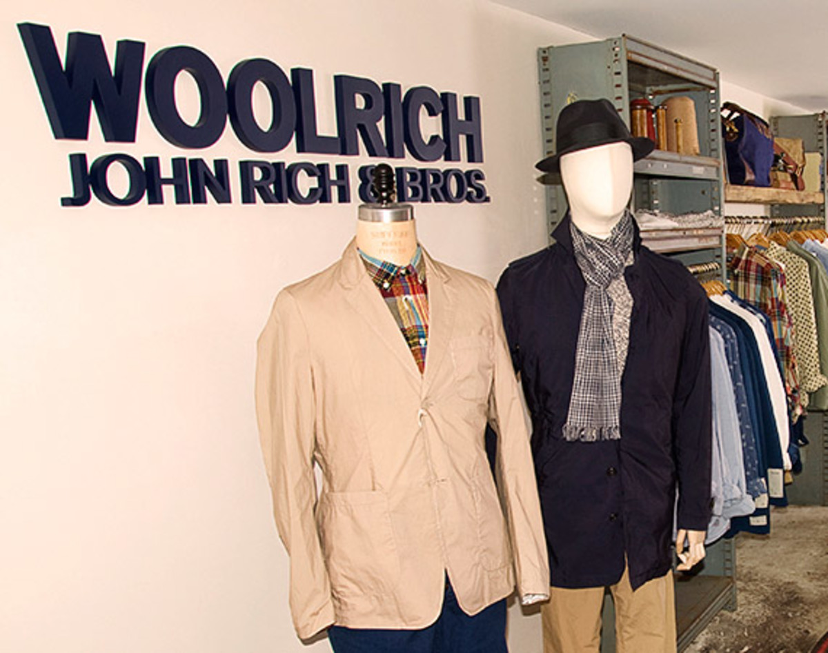 woolrich john rich bros opens shop in shop space at. Black Bedroom Furniture Sets. Home Design Ideas