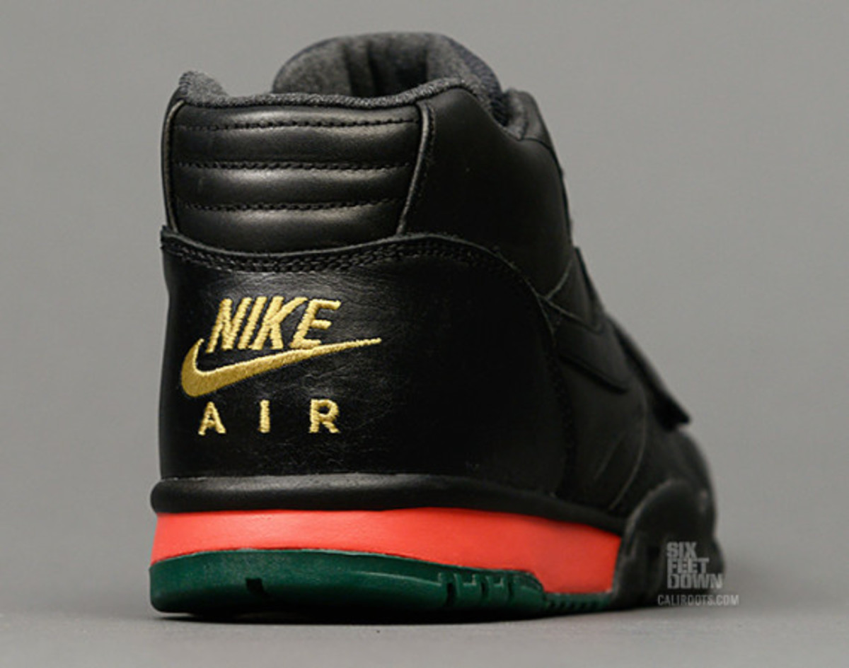 nike-air-trainer-1-mid-prm-draft-day-05