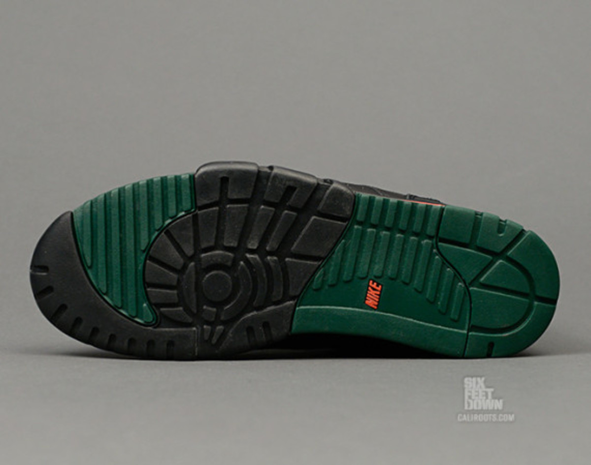 nike-air-trainer-1-mid-prm-draft-day-07