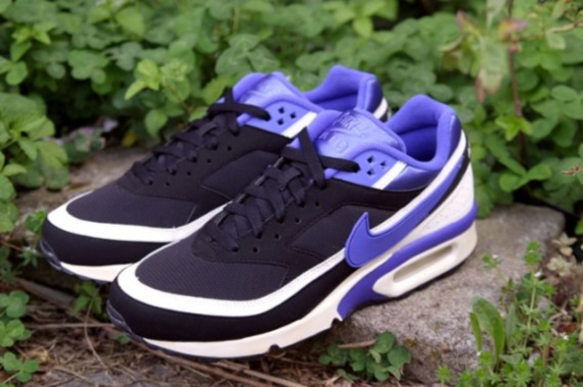 nike-air-classic-bw-og-persian-violet-arriving-at-retailers-02