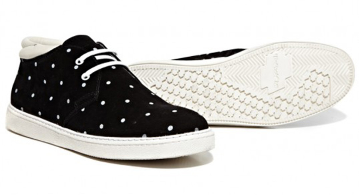 stussy-deluxe-be-positive-dot-shoes-available-now-03