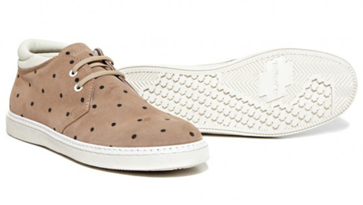 stussy-deluxe-be-positive-dot-shoes-available-now-06
